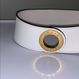 Louis Vuitton Accessories - Louis Vuitton White Leather Belt w/Gold Hardware